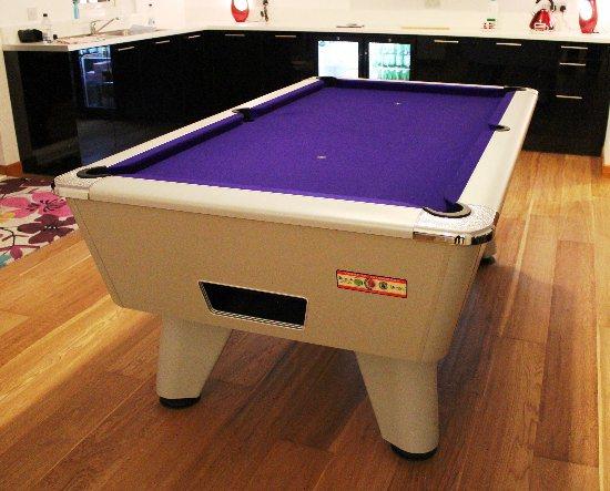 7ft Aluminium Slate Bed Pool Table