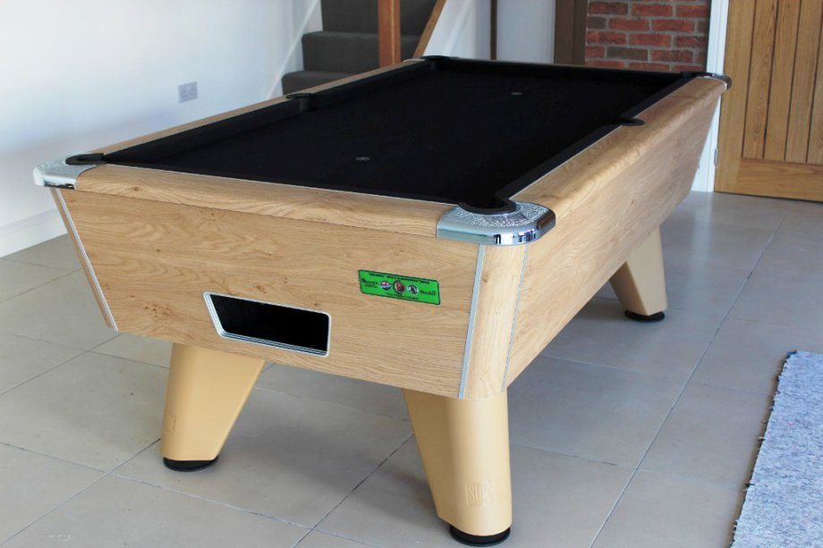 7ft Oak Supreme Winner Pool Table with Black Cloth